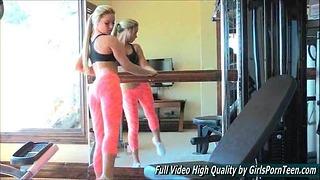 Sydney Sexy Porno Solo Blond Gym Arbeit Topless
