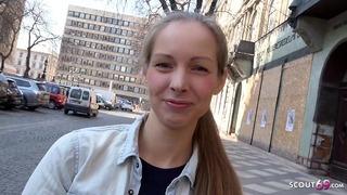 Német cserkész - édes tinédzser Kinuski a valóság lábát rázó orgazmus öntéssel beszél