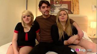 Blondie Cousins Predstavujeme chlapca, s ktorým začali mať sex